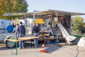 Die mobile Kelterei im Aufbau von der Vorderseite